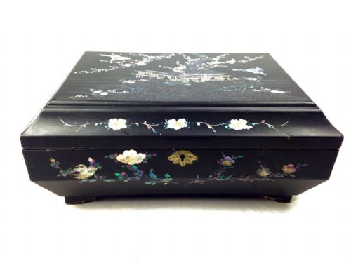 Mother Of Pearl Inlaid Jewellery Box / Ladies Work Box / Lacquered Wood